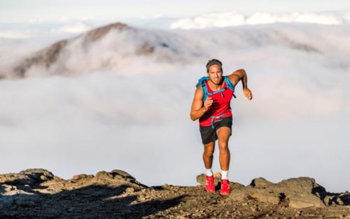 Trail en itinérance : comment s'équiper pour courir léger ?!